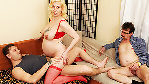 pregnant girl has cuckold fuck-fest in her ninth month
