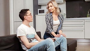 SIS.PORN. Honey is carnal with handsome stepbrother who trade