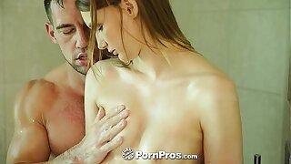 PornPros - Sophia Wilde takes a bath and a pounding