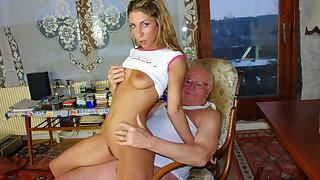 Grandpa Mireck penetrates cute 18yo girl