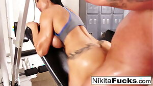 Nikita joins a exercise orgy with some rock hard bodies