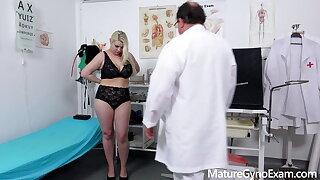 Chubby pornstar Alexa Bold examined by naughty doctor