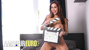 CASTING FRANCAIS - Heidi Van Horny Is Open To Trying Stuff