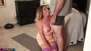 Stepmom catches stepson peeping on her ass while working out